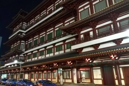 Buddha tooth Relic temple and museum 00057