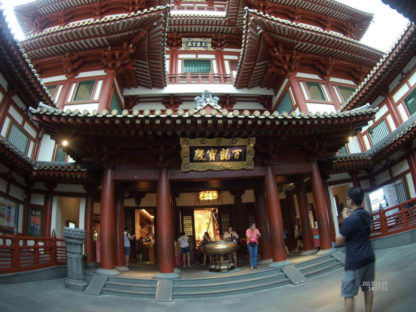 Buddha tooth Relic temple and museum 00064