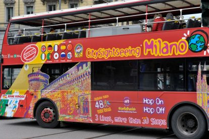 Singapore Hop-on-Hop-off Bus 04