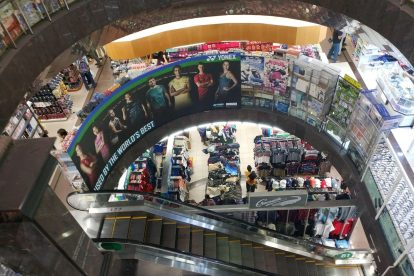 Mustafa Centre Shopping Mall Singapore - 24hrs & Cheap Hotels